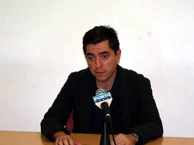 Treinador do Desportivo das Aves critica Lucílio Baptista