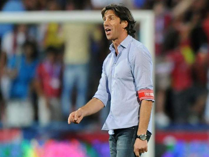 Paulo Alves quer passo gigantesco rumo à manutenção