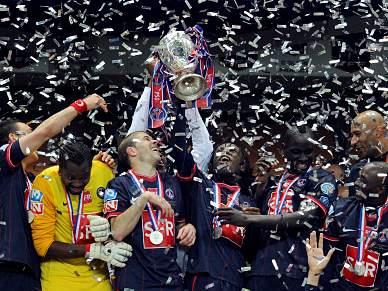 Paris Saint-Germain ergue oitava Taça