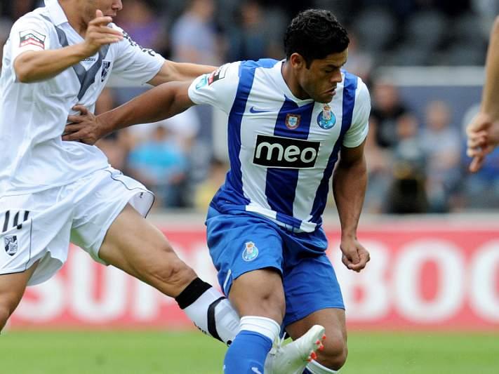 Campeão FC Porto procura primeiro triunfo