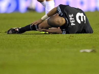 Pepe operado com sucesso no Porto