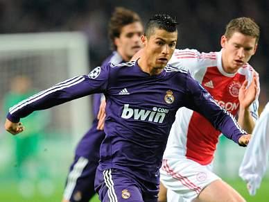 Real Madrid goleia Ajax por 4-0