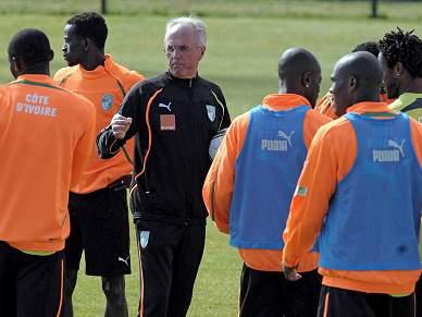 Drogba deverá ser titular contra o Brasil