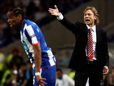 Goleada do FC Porto ao Spartak Moscovo pode levar à demissão de Karpin