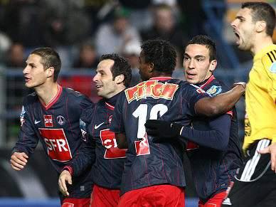 Paris Saint-Germain defronta Mónaco na final