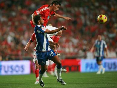 PSP enviou relatório dos incidentes do Benfica-FC Porto de 2008 para a Liga