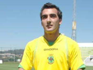 Coelho é a novidade frente ao V. Guimarães