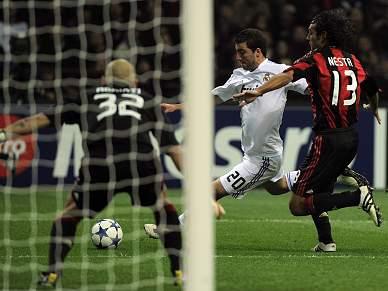 Higuain marcou golo 700 do Real Madrid na prova