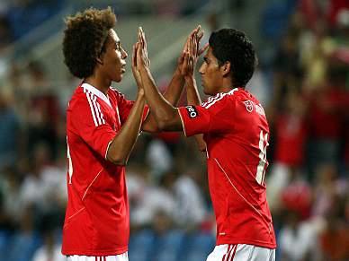 Benfica estreia-se com vitória
