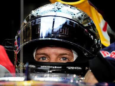 Vettel domina treinos livres