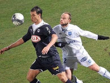 Auxerre desperdiça liderança isolada na Liga