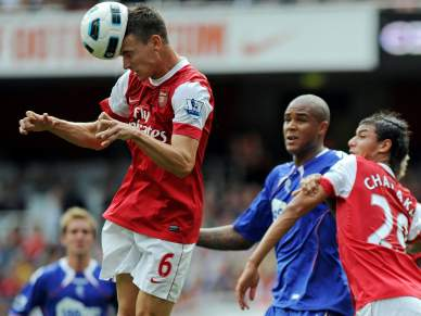 Arsenal goleia antes de receber Braga