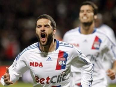 Benfica procura contrariar experiência gaulesa