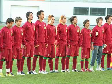Portugal atinge pleno de vitórias e segue para a próxima fase