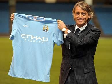 Mancini apresentado no Manchester City