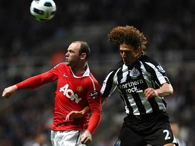 Líder Manchester United empata em Newcastle