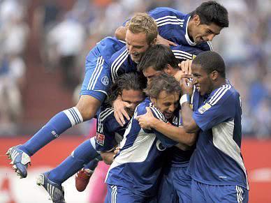 Schalke04 vence pela primeira vez