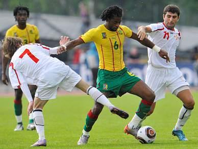 Camarões empatam a zero com a Geórgia, Paraguai derrotado em Dublin