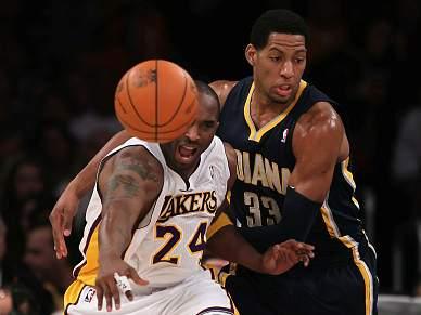 Pacers ganham aos Lakers no Staples Center 11 anos depois