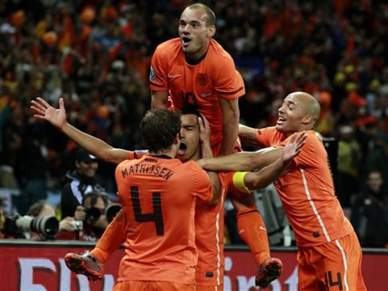 Holanda volta a uma final 32 anos depois
