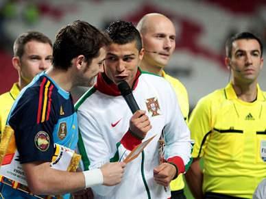 Ronaldo e Casillas juntos pelo Mundial 2018