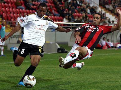 Renan tira vitória ao Olhanense com empate aos 90 minutos
