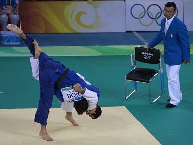 João Pina conquista ouro nos -73 kg