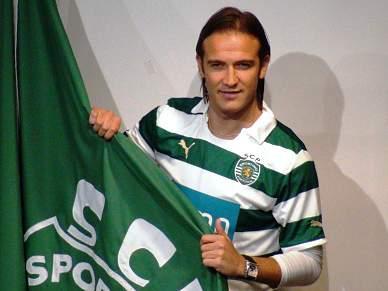 Diego Capel chorou na despedida ao Sevilha