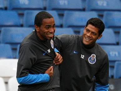 Álvaro Pereira não joga com o Setúbal
