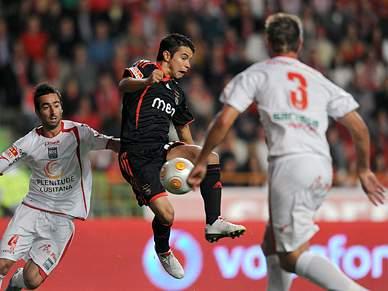Benfica procura não perder terreno
