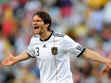 Arne Friedrich contratado ao Hertha de Berlim