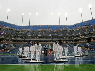 Chuva adia final entre Nadal e Djokovic