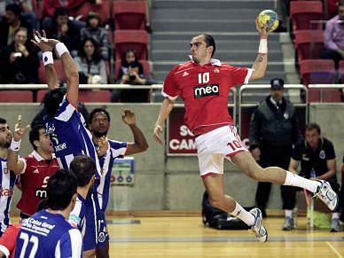 Benfica vence FC Porto e garante presença na final
