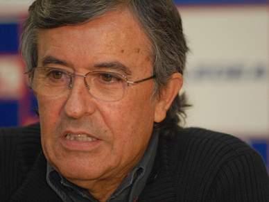 João Bartolomeu confirma saída de Mika para o Benfica