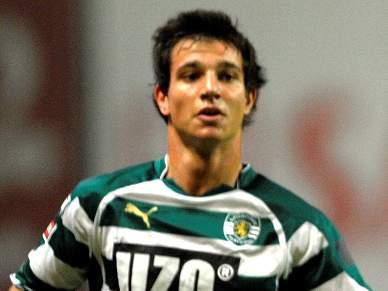 Sporting empresta Cédric
