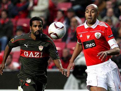 Benfica não mete medo e Estugarda factura