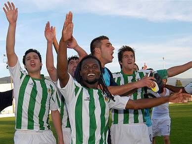 Belenenses vence o Valenciano ao intervalo
