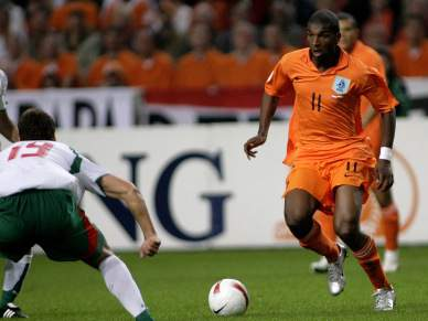 Holandês Babel lesiona-se em treino da selecção