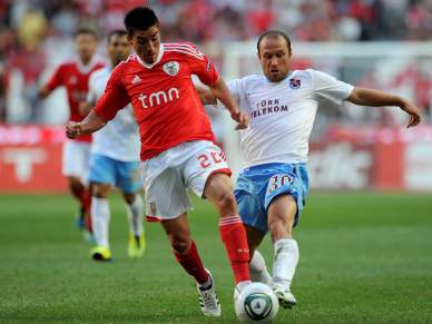 Golos de classe dão a vitória ao Benfica