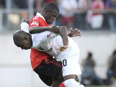 Benfica entra em cena