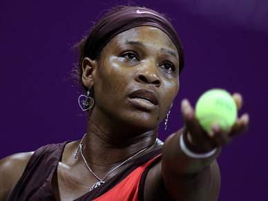 Serena segue em frente