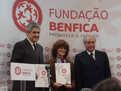 Benfica assina protocolo com a Estefânia