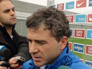 """FC Porto """"não deita a toalha ao chão"""""""