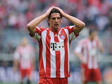 Bayern empata e cai para o décimo lugar