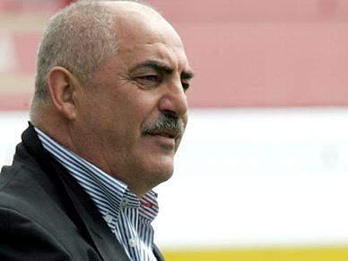 Vítor Oliveira critica arbitragem no empate entre Aves e Moreirense