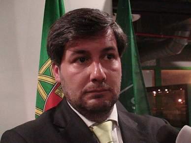 Bruno de Carvalho critica 'timing' de Costinha