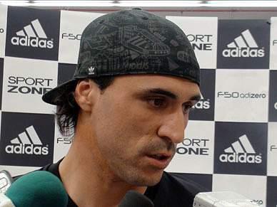 Hugo Almeida lisonjeado com interesse do Benfica