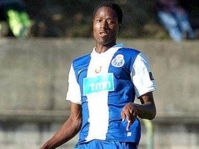 Abdoulaye Ba contente por assinar pela