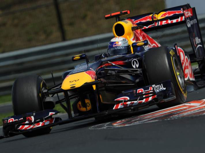 Vettel mais rápido na última sessão de treinos em Budapeste