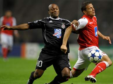 Moreira marca em goleada do Partizan